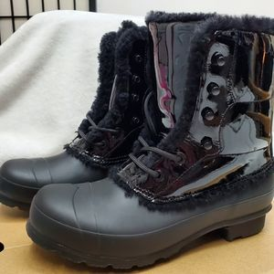 NWT Hunter patient leather sherling lined boots